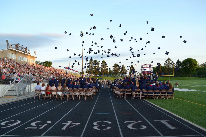 Graduation Celebrates Seniors of 2017